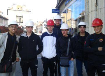 Les élèves de 2de MELEC visitent le quartier O2 pour découvrir || le métier d'électricien dans l'habitat tertiaire