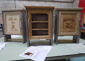 Dans la cadre de leur CCF, les élèves de Tle TMA fabriquent des armoires