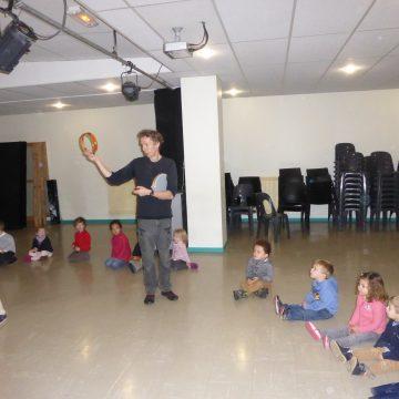 Intervention de Mr Grosjean en classe de Maternelle
